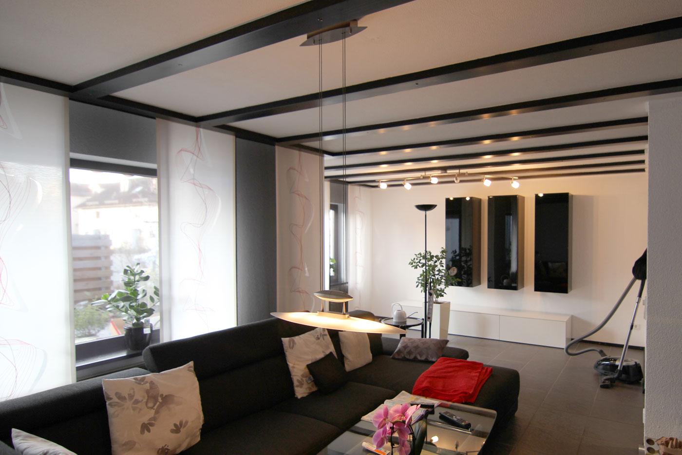spanndecke im wohnzimmer talheim spanndeckenstudio teller in talheim bei heilbronn. Black Bedroom Furniture Sets. Home Design Ideas
